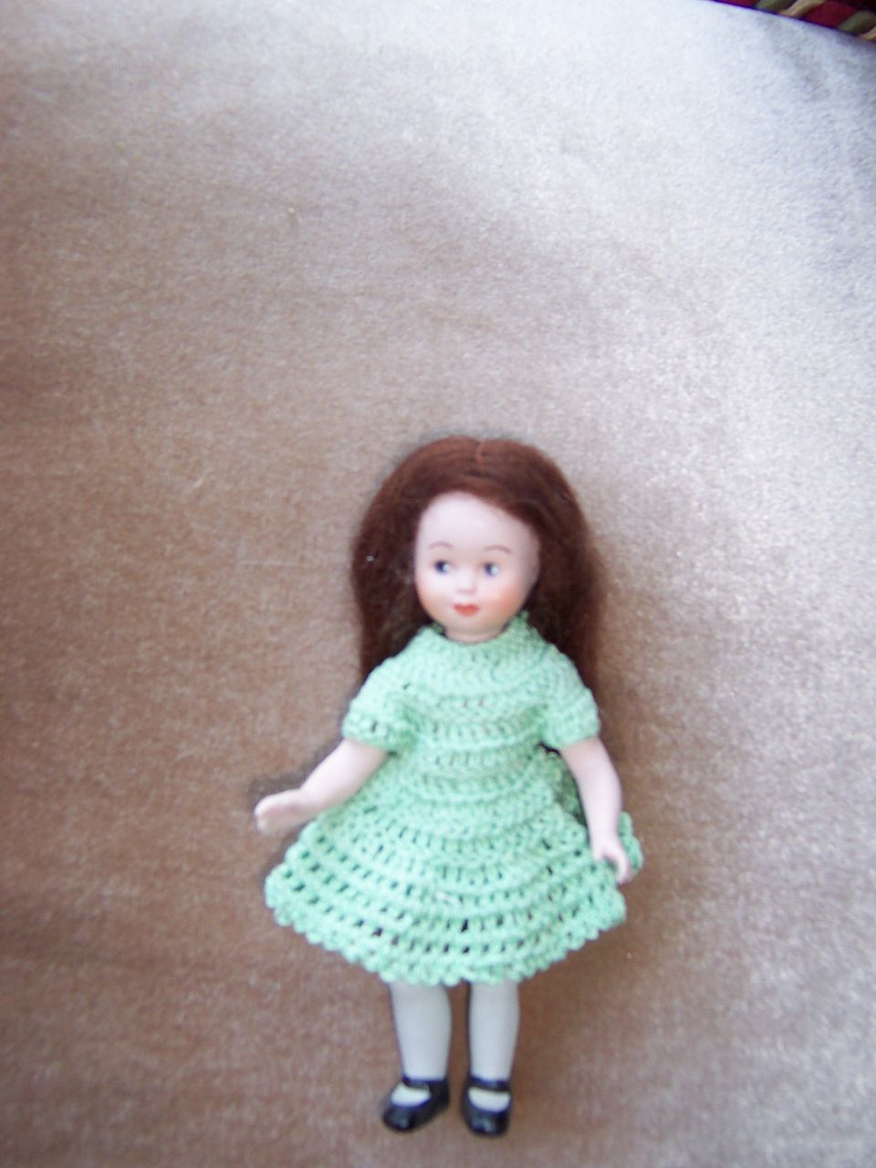 """Dear 5"""" Artist Doll in Green Crochet Outfit"""