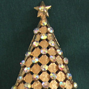 MyLu Vintage Christmas Tree Pin