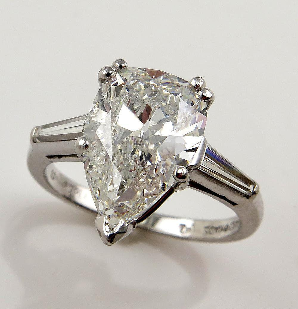 Colorless 4 27ct Estate Vintage Solitaire PEAR Shaped and Baguettes from trea