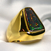 Men's 18K Yellow Gold Ring featuring a Black Fossilized Wood Opal