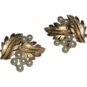 Vintage Trifari Gold Tone Leaves Faux Pearl Clip On Earrings marked