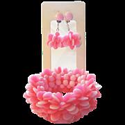 SALE Vintage MOD Pinks stretch Bracelet and Dangle Earrings