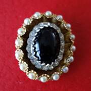 HAR  Black Glass Cabochon & Faux Pearl Oval Brooch