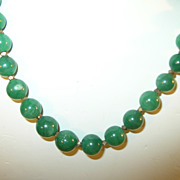 Vintage Necklace Green Bead