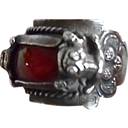 Antique Chinese Sterling Carnelian Frog Ring