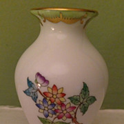 Vintage signed and numbered Herend Hungary small Vase