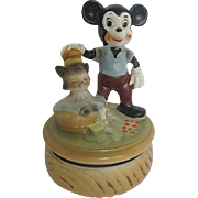 SOLD RARE Disney Vintage Mickey Mouse/Figaro Cat Ceramic Figurine footed Music Box - 1940's er