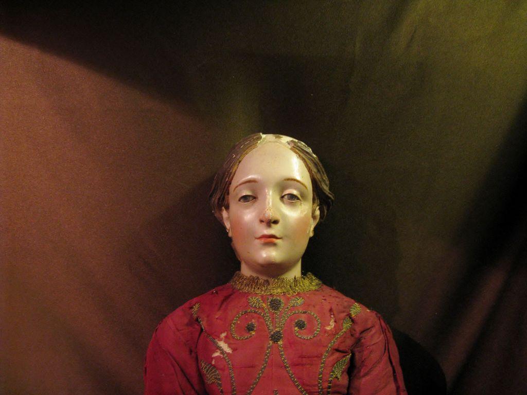 "NEAPOLITAN Painted Terracotta and Wood Female CRECHE Figure 28"""