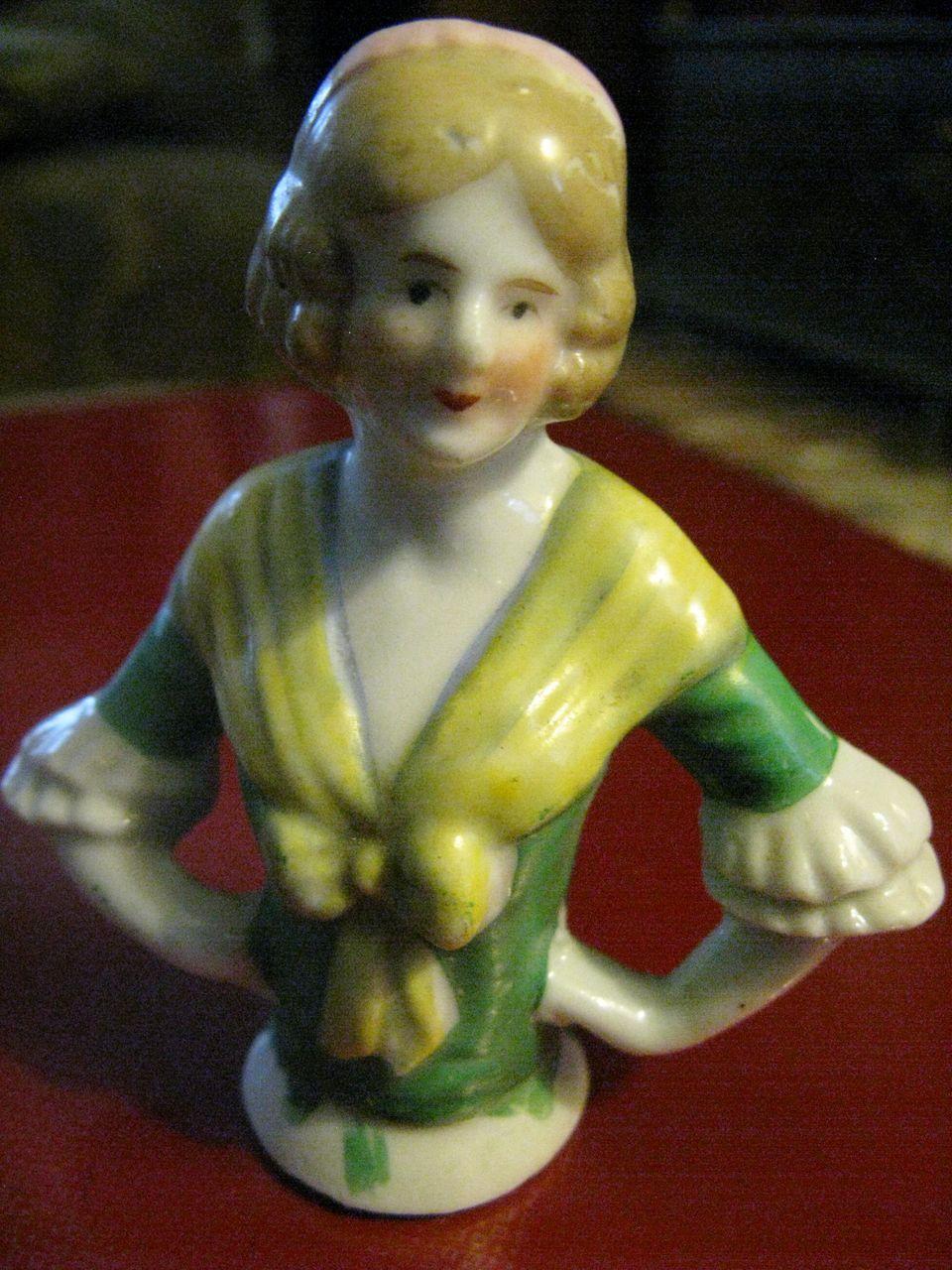 Half Doll Long Blonde Hair Ribbon