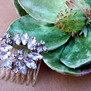 Vintage Hair Comb Art Moderne Pale Blue Rhinestone Hair Accessory