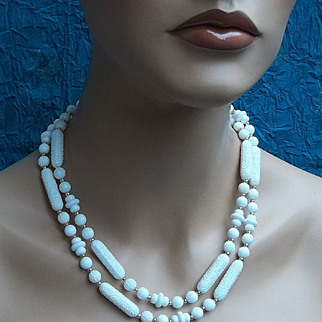 SALE Vintage bead necklace Sarah Coventry African safari tribal style in faux ivory (AA)