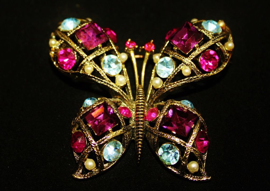 Vintage Lisner Dome Pastel Butterfly Brooch Pin