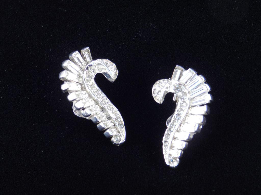 Ledo Polcini Rhinestone Baguette Earrings Rhodium Plate