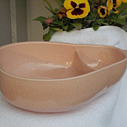 SALE Large Mid Century Pfaltzgraff Keystone USA Pink Speckled Pear Shaped Serving Bowl