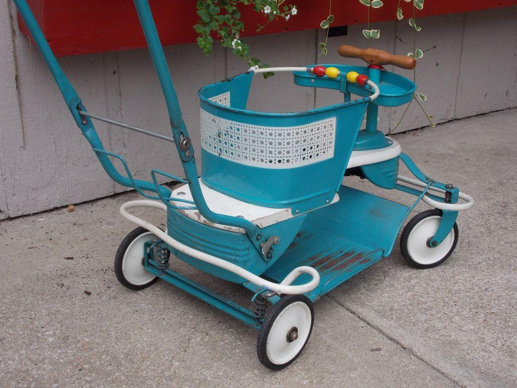 Mid Century Vintage Genuine Taylor Tot Baby Stroller