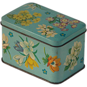Lovely Vintage Heirloom Flower Pattern Tin