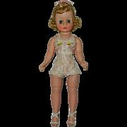 "Gorgeous Madame Alexander 1957 10"" All Original Cissette Doll"