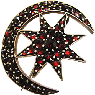 SALE Antique Victorian Rose Cut Bohemian Garnet Pyrope Brooch Crescent Moon & Star