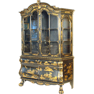 Chinoiserie decorated china cabinet
