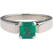 Vintage STULLER Platinum Emerald Gemstone Ring