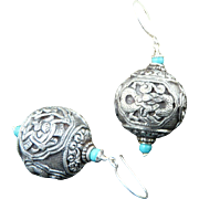 Artisan Very Special Kathmandu Hand Carved .999 Fine Silver Snow Dragon and Turquoise Ear Ring