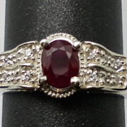 Vintage 14kt Mozambique Ruby & Diamonds Ring; FREE SIZING.