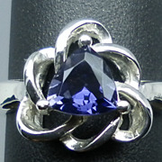 14kt Tanzanite Ring; FREE SIZING.
