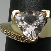 Vintage 14kt Morganite & Diamonds Ring.
