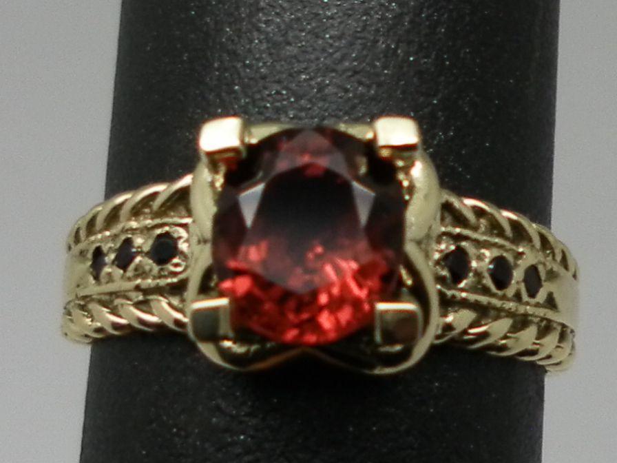 Vintage 14kt Spinel & Onyx Ring