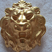 SALE Hear Me Roar!!  Vintage Lion Pin