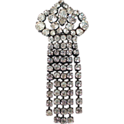Spade rhinestones vintage pin brooch medallion estate jewelry.