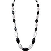 Black and white bead necklace elegant vintage jewelry