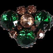 Crystal vintage brooch elegant green and champagne color flea market jewelry