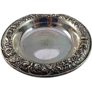 S Kirk & Son Sterling Candy Dish 6 1/4 inch wide