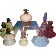 Group of miniature lamp bases
