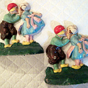 Old Cast Iron Bookends Hubley Kissing Dutch Children #332