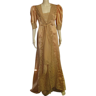 REDUCED Amazing Vintage Custom Made Peignoir