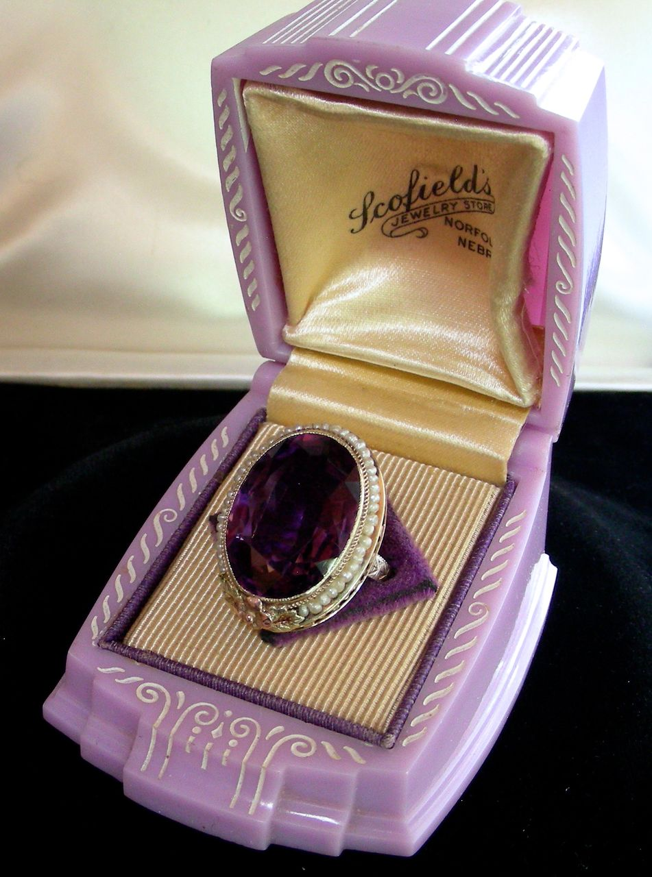 An Exquisite 14K 1920s Multicolor Gold Seed Pearls Large Amethyst Ring