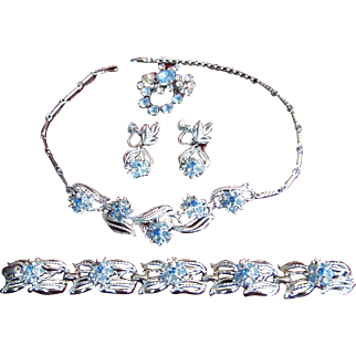Coro Late 1950's Necklace Set SIGNED Bridal Set FOUR PIECES