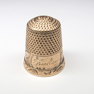 14K Yellow Gold Thimble with Decorative Engraving Size 8