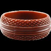 Retro Era Carved Bakelite Bangle Bracelet, Deep Sienna Russet Red Tone