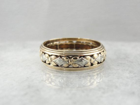 vintage floral wedding band with pierced filigree