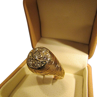 Diamond Cluster Ring from Sixties or Seventies