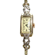 14 Kt Gold Ladies Gruen Diamond  Vintage Mechanical 17 Jewel Wristwatch  Movable Lugs