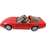Cast Metal Maisto Red Corvette