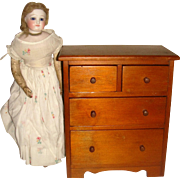 Miniature chest of drawers for FF doll