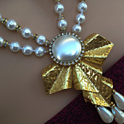 Vintage Miriam Haskell faux Baroque Pearl & Russian Gold Plate Necklace
