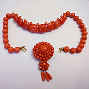 Spectacular Antique red coral necklace (57g, d: 10-15mm) and brooch (14g), circa 1880s-1900s