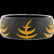Retro Carved Bakelite Bangle Bracelet