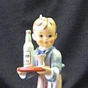 "Hummel ""Waiter: 154/0 Trademark Six Figurine"